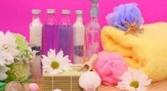 Косметика для волос: как приготовить шампунь дома