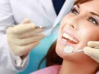 Как избавиться от жёлтого оттенка зубов?