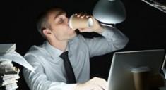 Работа в ночную смену повышает риск рака