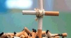 Больные раком даже под угрозой смерти все равно продолжают курить