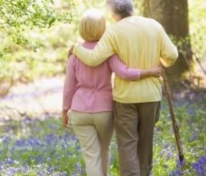 Ученые рекомендуют всем пожилым людям провериться на СПИД
