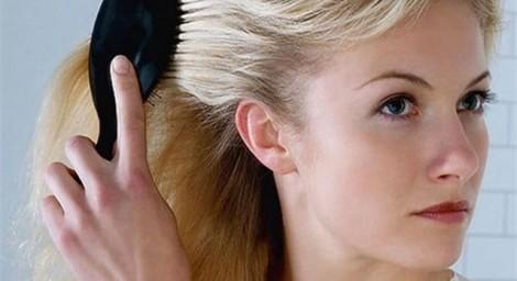 Когда появляются седые волосы