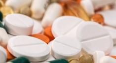 Большинство людей принимают лекарства неправильно